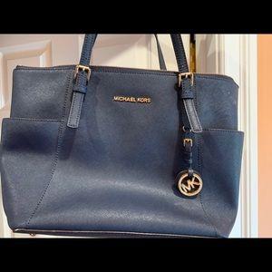 Medium sized Michael Kors Shoulder Bag - Navy